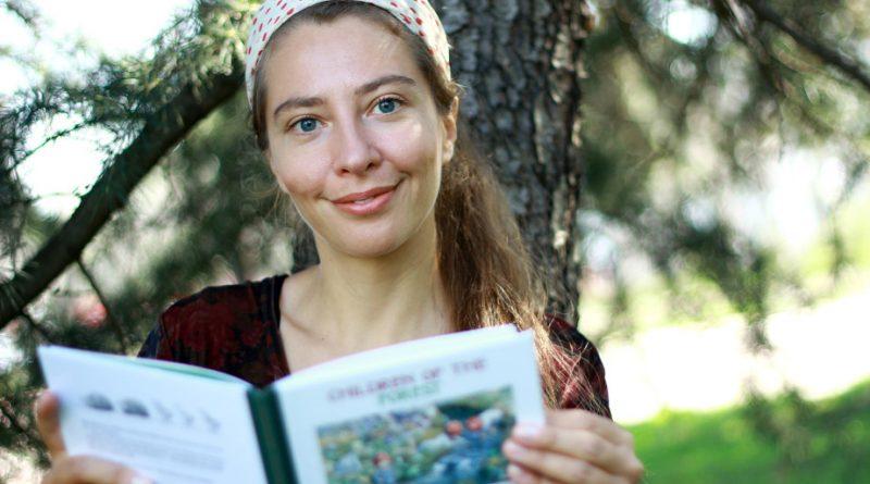 """Петя Кокудева ще представи книгата си """"Поздрави от синята палатка"""" на 18 август в Стара Загора"""