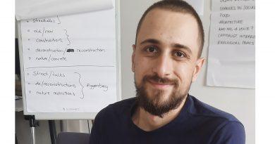 """Рубрика """"Нашите студенти"""":Недко Боянов разказва за своя международен опит с работа по каузи и артистични проекти"""