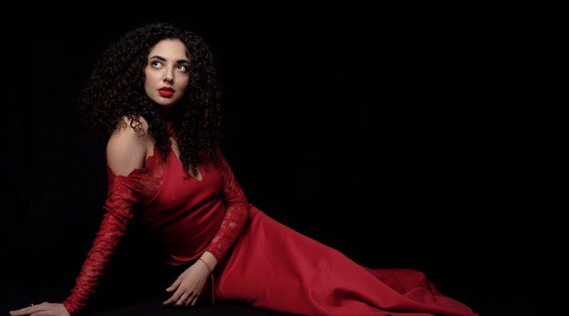 Симона Тодорова – операта много ти отива!