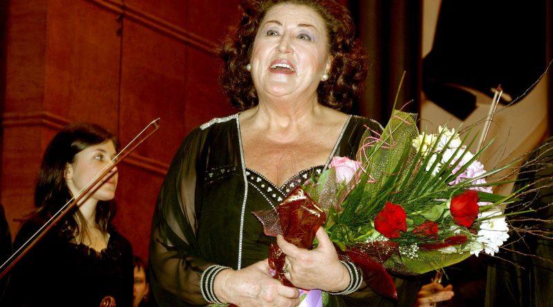 Световната оперна прима Анна-Томова Синтова днес празнува 80-тия си рожден ден